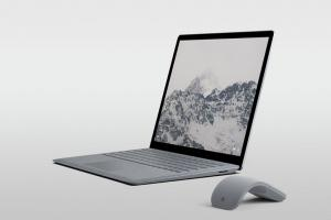 مميزات وعيوب Microsoft Surface Laptop